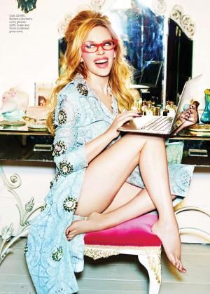 Kylie Minogue: Stylist UK-03