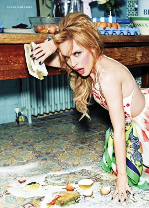 Kylie Minogue: Stylist UK-06