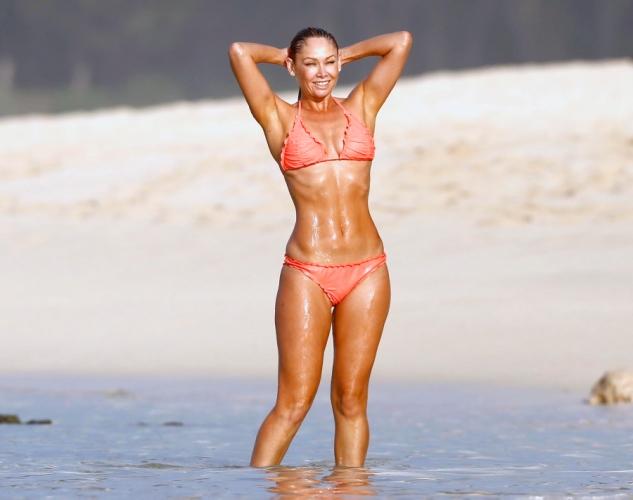 Amy Jo Johnson Bikini