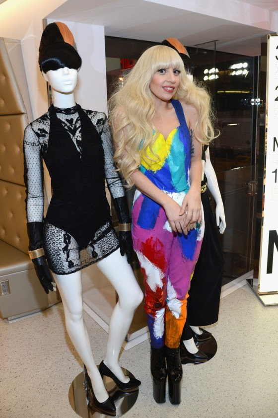 Lady Gaga – H&M Store Opening in NYC