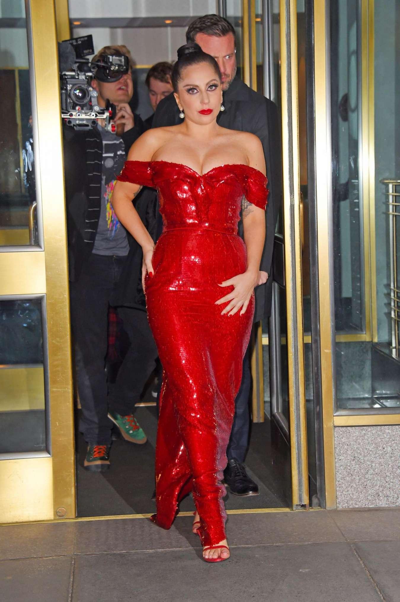 lady gaga red dress all dress. Black Bedroom Furniture Sets. Home Design Ideas