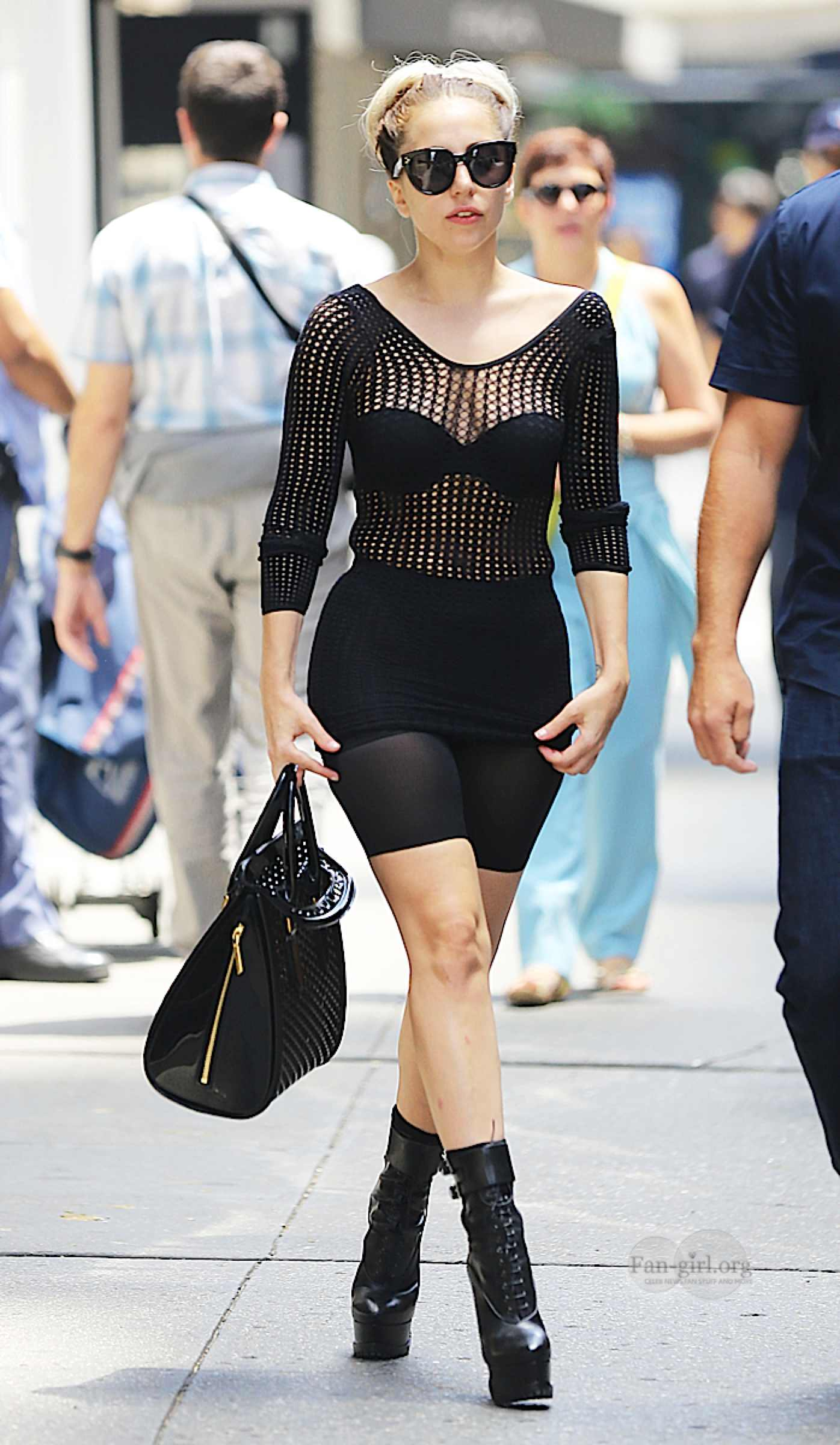 Lady-Gaga---in-Stylish-outfit-in-NYC--03