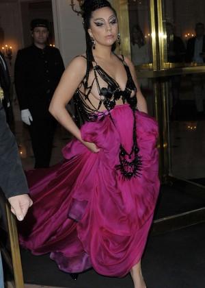 Lady Gaga - Leaves her hotel in Paris