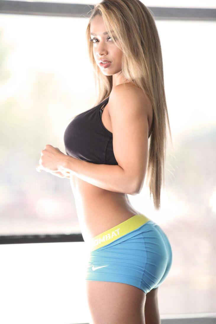 Шикарные формы фитнес девушки 11 фотография