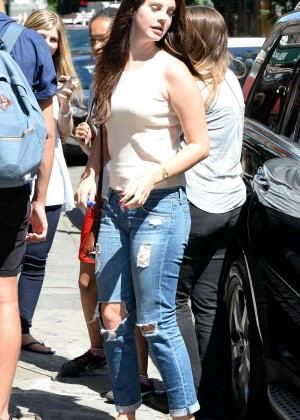 Lana Del Rey in Ripped Jeans out in Manhattan