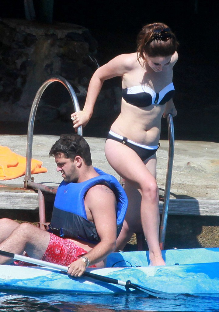 Lana Del Rey Wearing Bikini -18