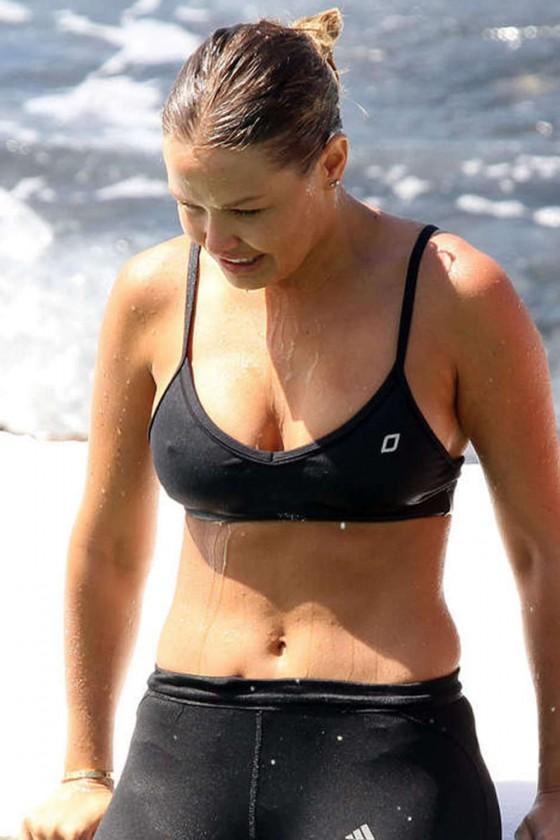 Lara Bingle - Black Bi... Hilary Duff Fan