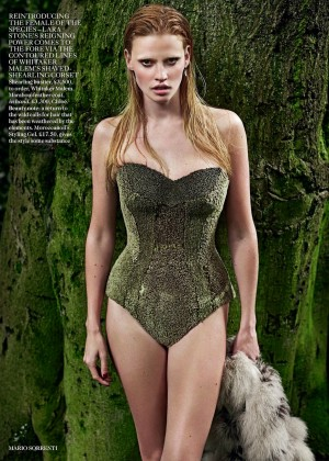 Lara Stone - Vogue UK Magazine (September 2014)