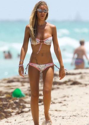 Laura Cremaschi Bikini photos: 2014 Miami -02