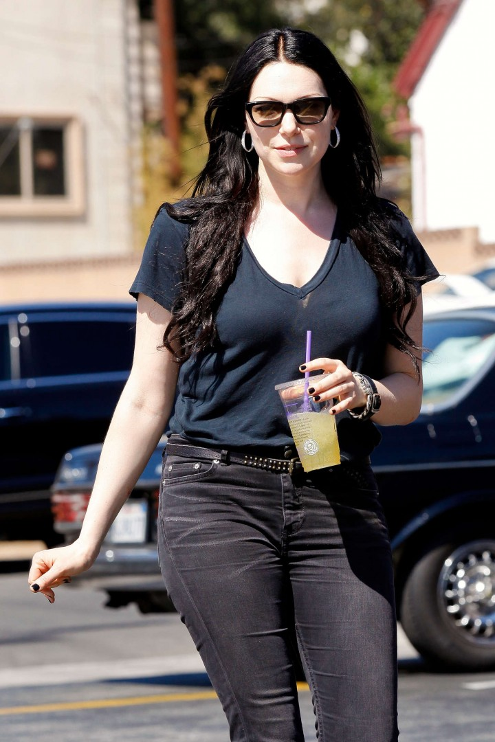 Laura Prepon – out and about in Los Feliz