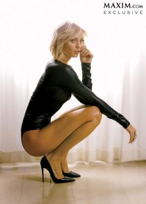 Laura Vandervoort - Maxim Magazine (March 2014)-08