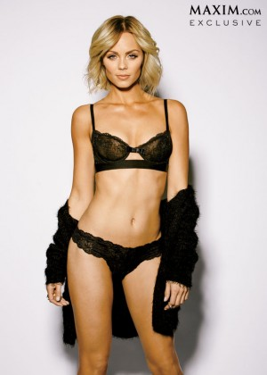 Laura Vandervoort - Maxim Magazine (March 2014)-09