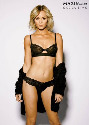 Laura Vandervoort: Maxim Magazine -04