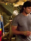 laura-vandervoort-supergirl-smallville-promo-stills-sept-2010-07
