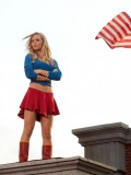 laura-vandervoort-supergirl-smallville-promo-stills-sept-2010-16