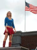 laura-vandervoort-supergirl-smallville-promo-stills-sept-2010-19
