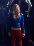 laura-vandervoort-supergirl-smallville-promo-stills-sept-2010-20