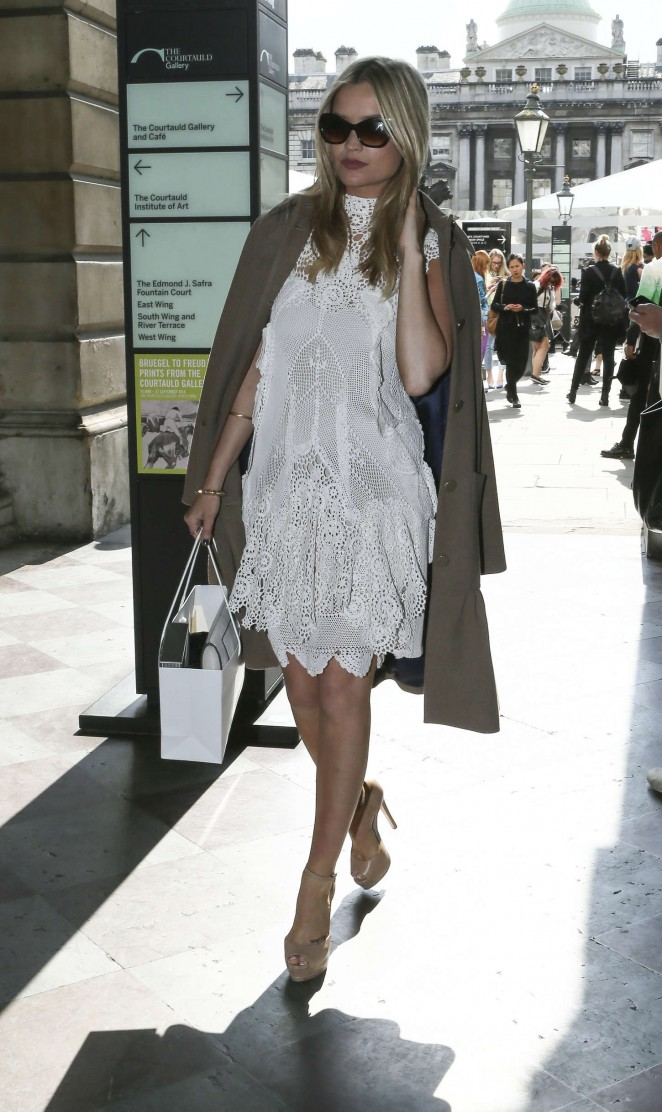 Laura Whitmore: Somerset House for London Fashion Week 2014 -09
