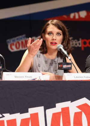 Cohan – Promoting The Walking Dead at 2014 Comic-Con -08 - Full Size