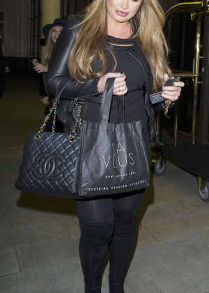 Lauren Goodger in Leggings -20
