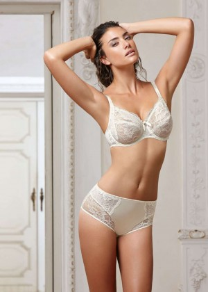 Lauren Mellor: Eprise de Lise Charmel 2014 Collection -04