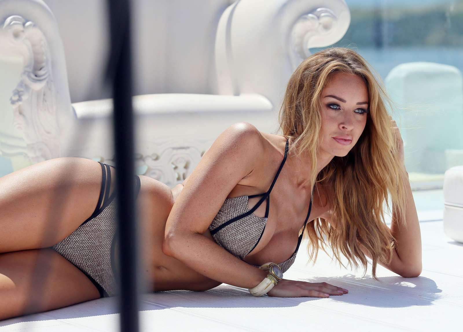 loren-pope-bikini-pictures-facials-nude