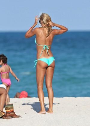 Lauren Stoner Bikini Hot-06