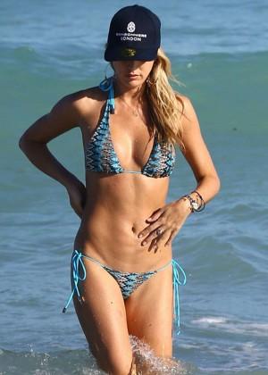 Lauren Stoner - Bikini Candids