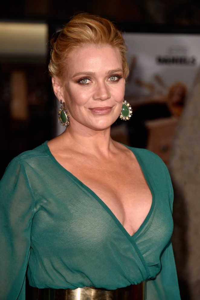 Laurie-Holden:-Dumb-And-Dumber-To-Premie