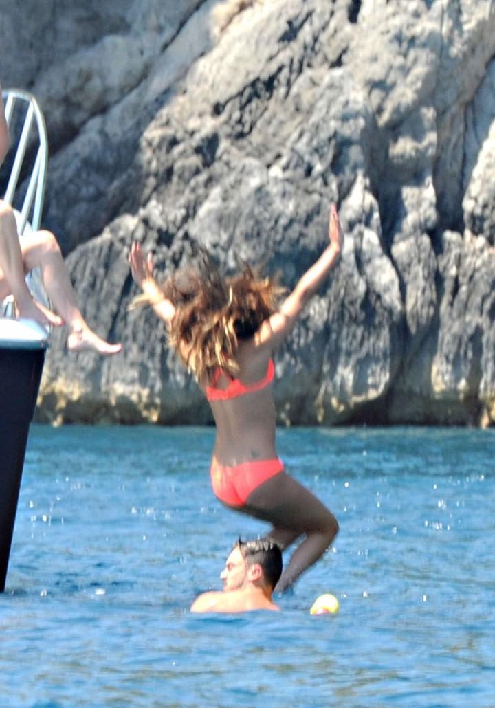 Lea Michele bikini: in Italy -11