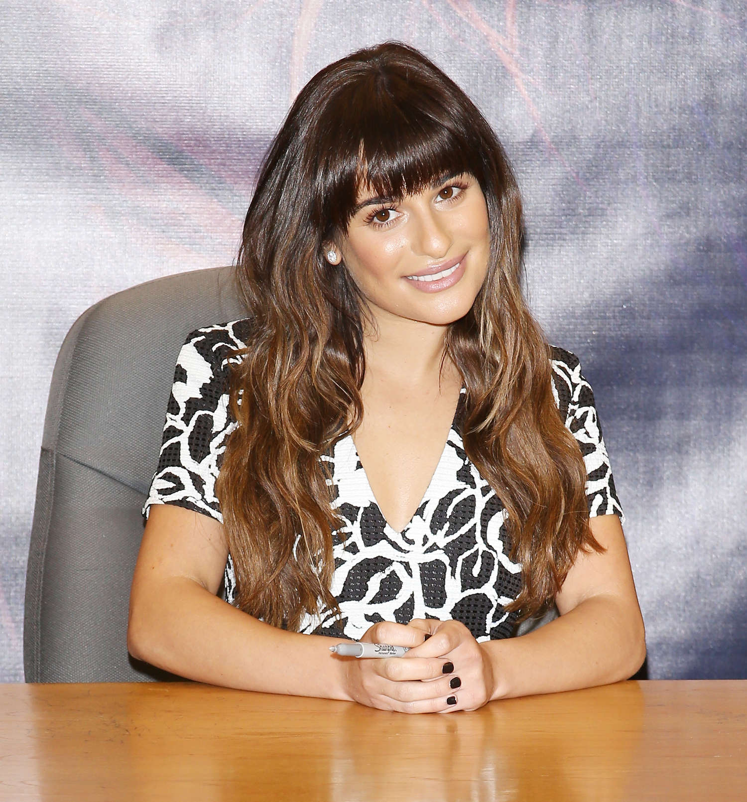 Lea Michele 2014 : Lea Michele: Louder CD Signing -03