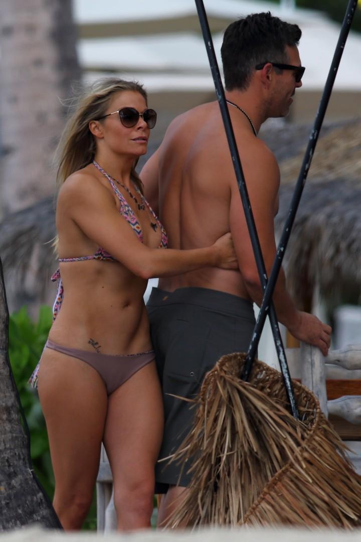 LeAnn Rimes in Bikini 2014 -01