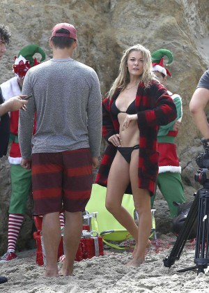 LeAnn Rimes Bikini Photoshoot in Malibu Beach -06