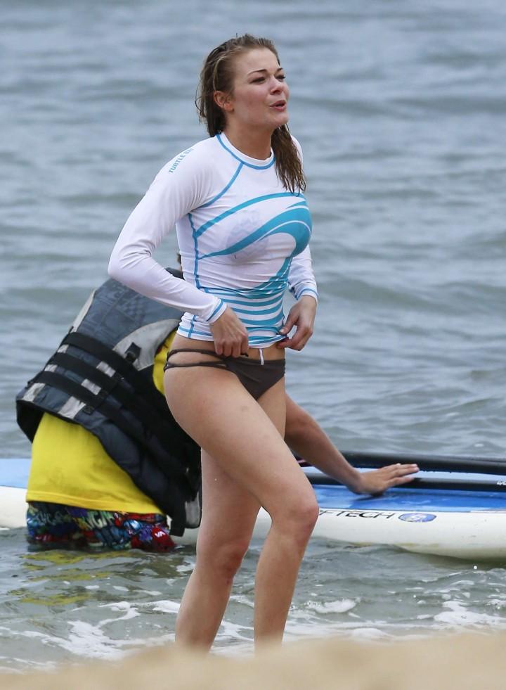 LeAnn Rimes Bikini Pics: 2014 in Mexico -09