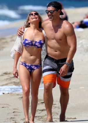 LeAnn Rimes in bikini -03