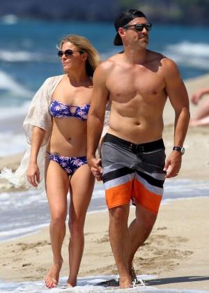 LeAnn Rimes in bikini -07