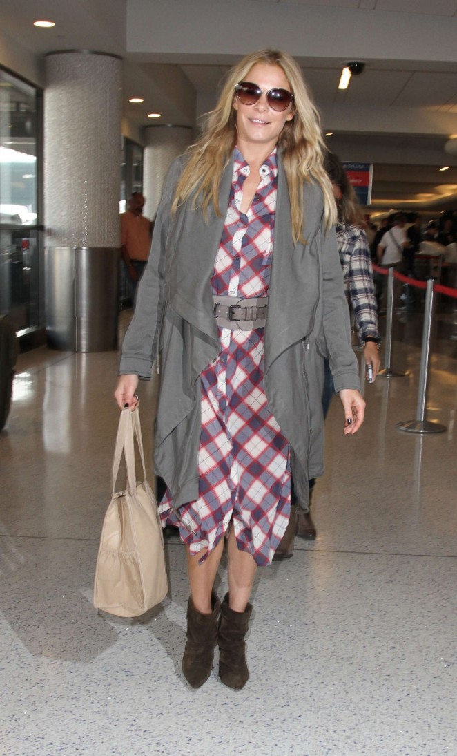LeAnn Rimes at LAX airport in Los Angeles