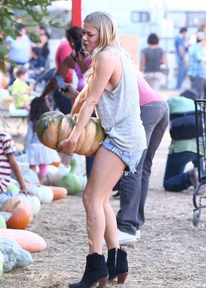 LeAnn Rimes in Jeans Shorts at Mr. Bones Pumpkin Patch in West Hollywood