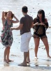 leann-rimes-on-the-beach-in-malibu-02