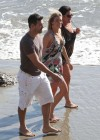 leann-rimes-on-the-beach-in-malibu-03