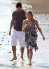 leann-rimes-on-the-beach-in-malibu-11