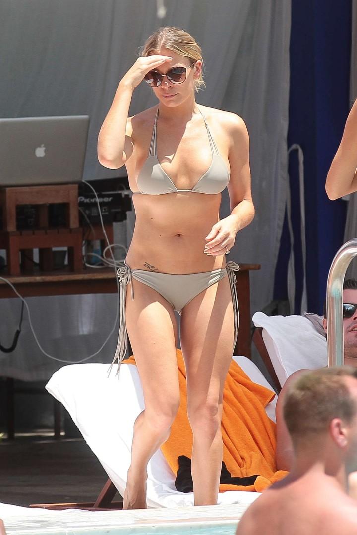 LeAnn Rimes wearing a bikini in Miami