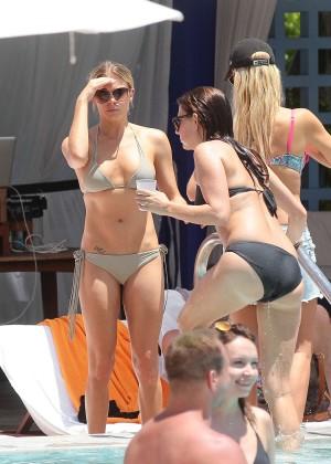 LeAnn Rimes bikini in Miami -04