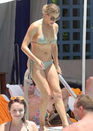 LeAnn Rimes bikini in Miami -12