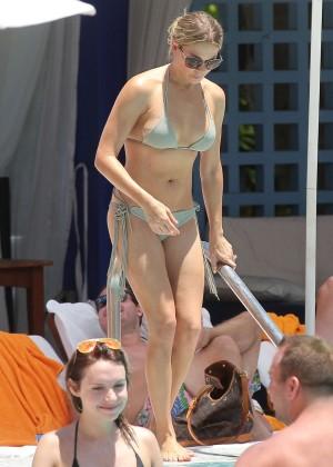 LeAnn Rimes bikini in Miami -25