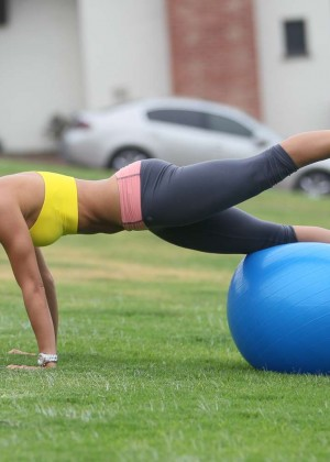 Leilani Dowding in Leggings Work Out -21