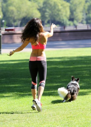 Leilani Dowding in Tight Legging Workout -08