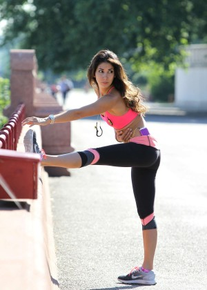 Leilani Dowding in Tight Legging Jogging & Playing Fetch at Battersea Park in London