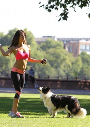 Leilani Dowding in Tight Legging Workout -39