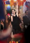 lena-meyer-landrut-pics-from-eurovision-song-contest-finale-04